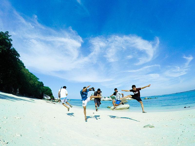 Paket Tour Belitung Tanpa Hotel 4D3N